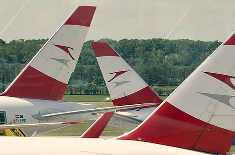 Austrian Airlines plunges back into the red