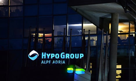 Ratings agency sounds alarm over Hypo law