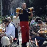 A Schanigarten is not a garden at all but refers to the tables and chairs set up on the pavement outside cafes and bars. Unlike normal beer gardens (Gastgärten), the customers sit on public property. Originally, Schanigärten referred only to the area outside Viennese coffee houses, but it is now used in other parts of Austria for restaurants and pubs too. The Schanigarten season usually begins in mid-March, depending on the weather. Photo: APA