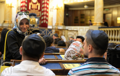 The grassroots group uniting Muslims and Jews