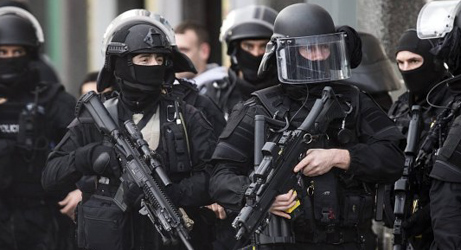 Austrian link mooted for French terror arrests