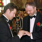 Same-sex partnerships on the rise again