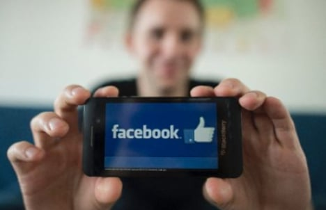Court throws out Facebook privacy case