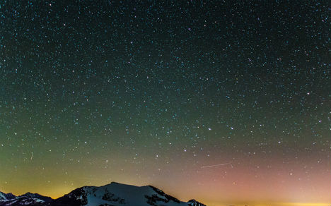 Northern Lights spotted over Austrian Alps