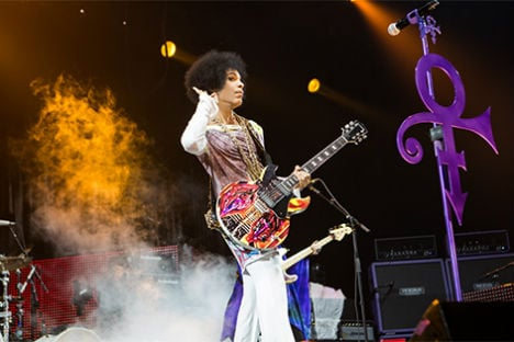 Prince to start solo piano tour in Vienna