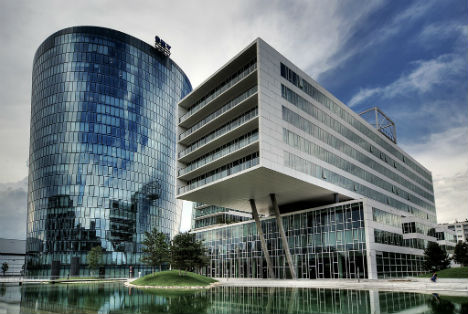 Low oil price pushes Austria's OMV into red