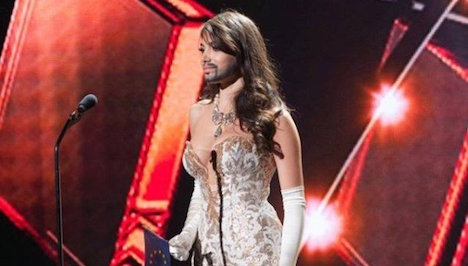 Former refugee in Miss Universe contest
