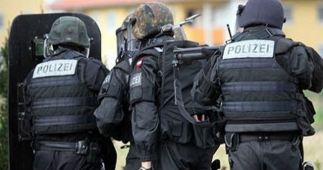 Terror suspects held in Austria 'not French'
