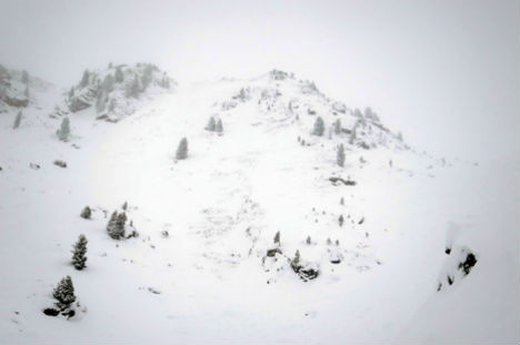Austrian avalanche tragedy claims teenager's life