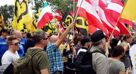 13 injured in left-right clashes in Vienna