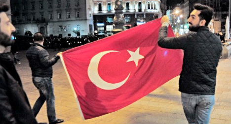 Erdoğan supporters told to keep politics out of Austria