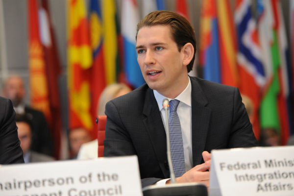 Kurz to push for easing of sanctions against Russia