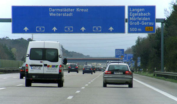 Austria considers suing Germany over highway toll