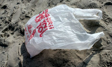 Plastic bags on the way out in Austria's supermarkets