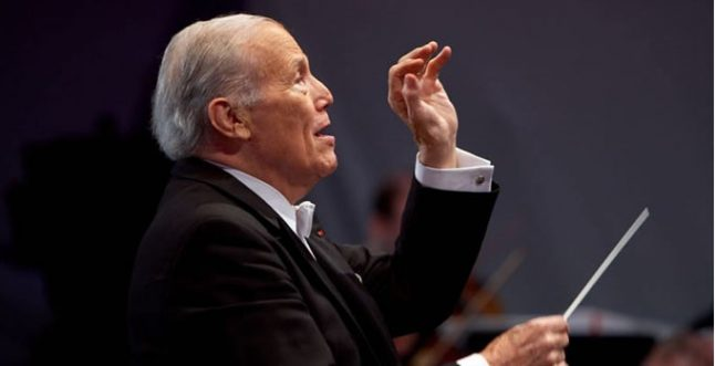 Famed French conductor dies at 92