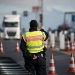 Border controls between Austria and Germany to stay in place, Berlin confirms