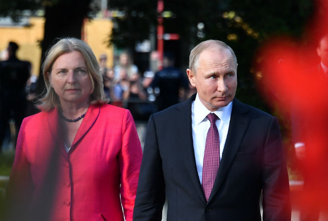 Row in Austria over Putin coming to minister's wedding