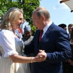 Putin dances with Austria's Foreign Minister at her wedding