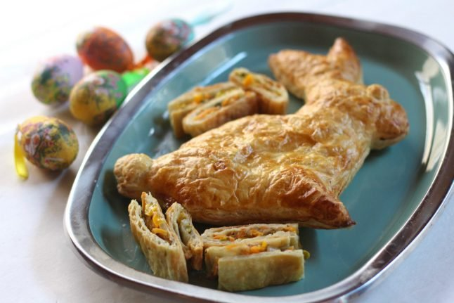 Recipe: How to make German Easter bunny strudels
