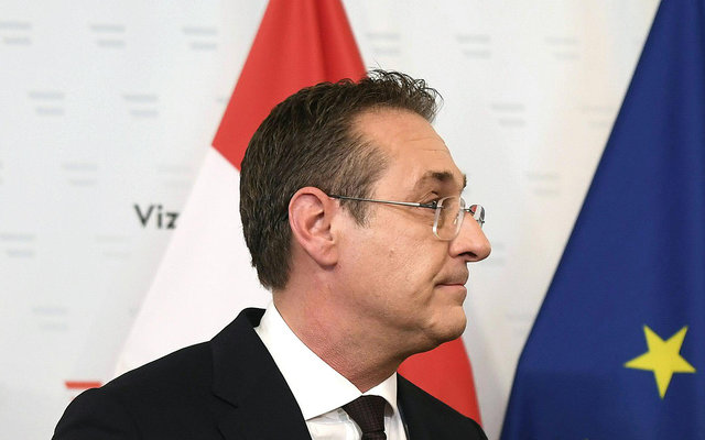 Disgraced far-right leader wins rights to a seat as Austrian MEP