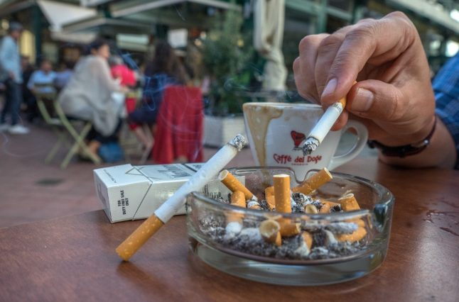 Austria to finally ban smoking in bars and restaurants