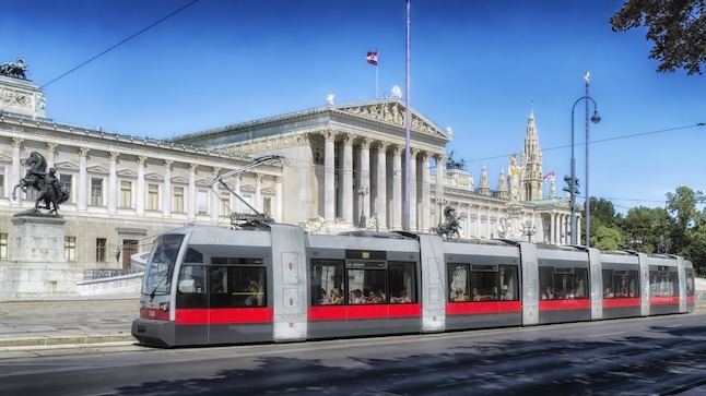 Vienna to reward car-free travel with concert and museum tickets