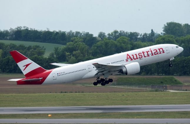 Austrian Airlines to get '600 million euro rescue package'