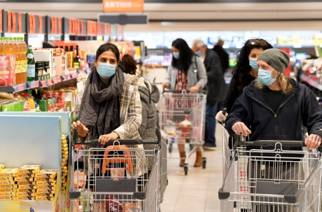 Austria re-introduces mandatory mask use in supermarkets