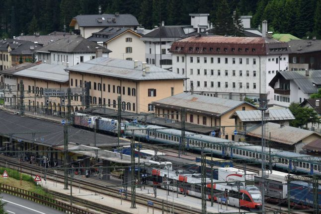 Austria to Italy: Setback for 'world's largest' rail tunnel