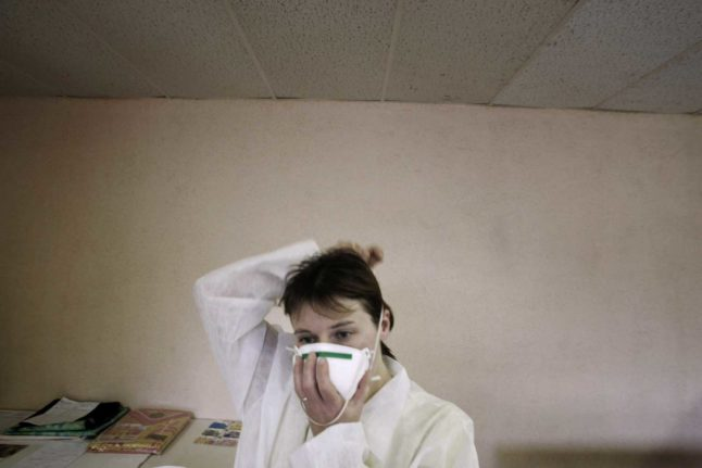 Teachers who refuse coronavirus tests in Austria 'may be forced to wear FFP2 masks in classroom'