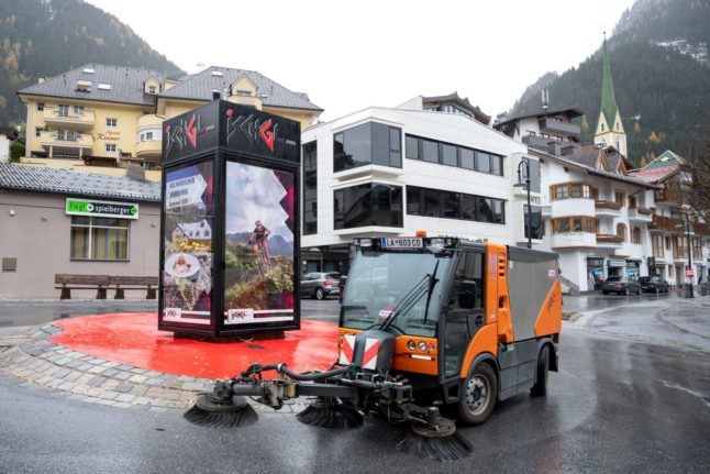 Skiing in Austria: What does the coronavirus lockdown mean for winter sports?