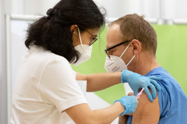 Three Austrian states open vaccine registration to the general public