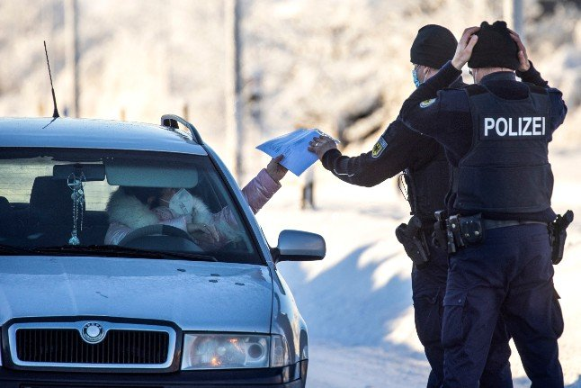 Germany imposes controls on Czech and Austrian borders