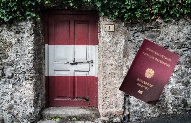 What's the difference between permanent residency and citizenship in Austria?