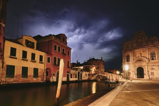 Temperatures up to 40 degrees and 'violent' storms forecast across Italy this weekend