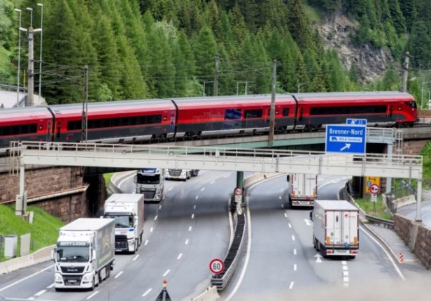 How to save money while travelling around Austria