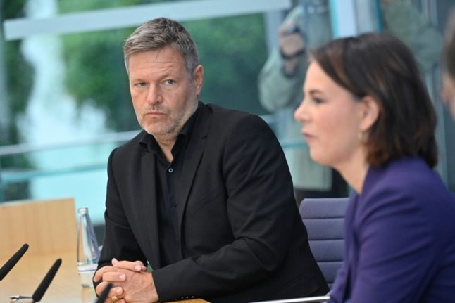 How is the race to form a new German government shaping up?