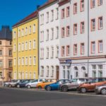 Reader question: Does owning a second home in Austria give me the right to live there?